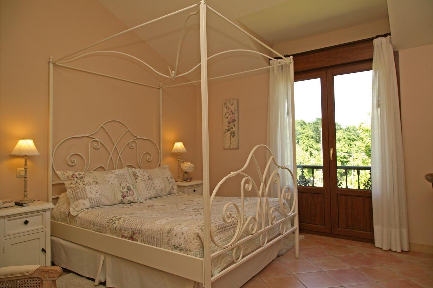 Dosel precioso en Hotel Rural Arpa de Hierba