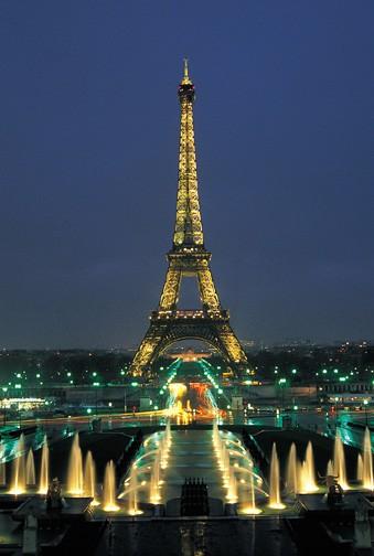 La Torre Eiffel, vista nocturna