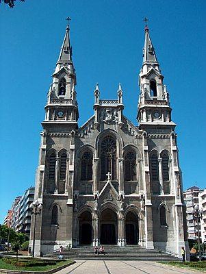 Znalezione obrazy dla zapytania Iglesia de Santo Tomás de Canterbury