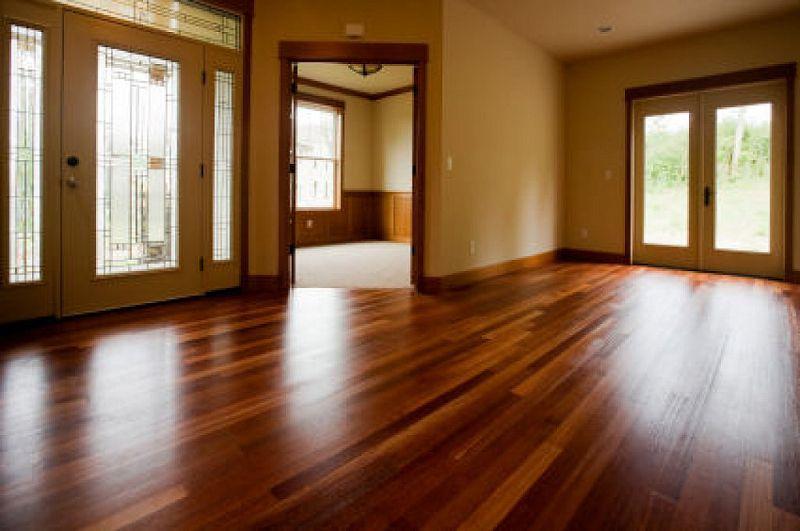 Ideas para eliminar manchas en pisos de madera