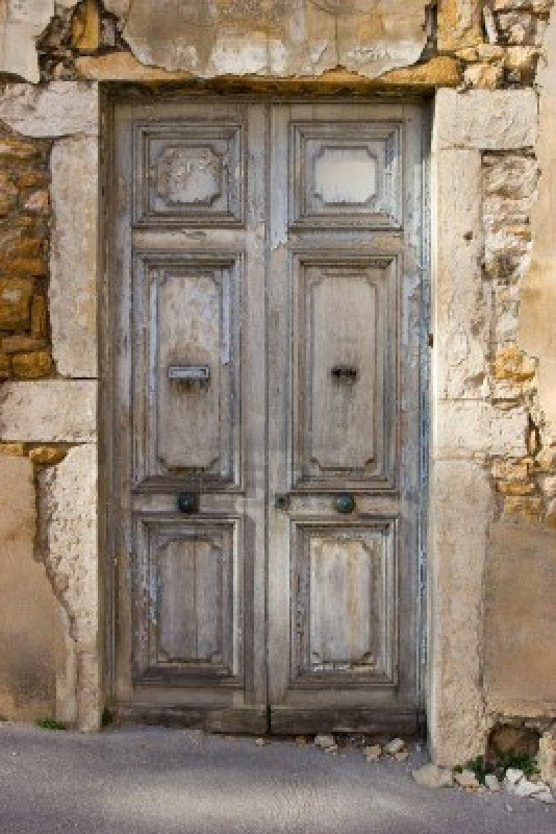 Renovando puertas envejecidas
