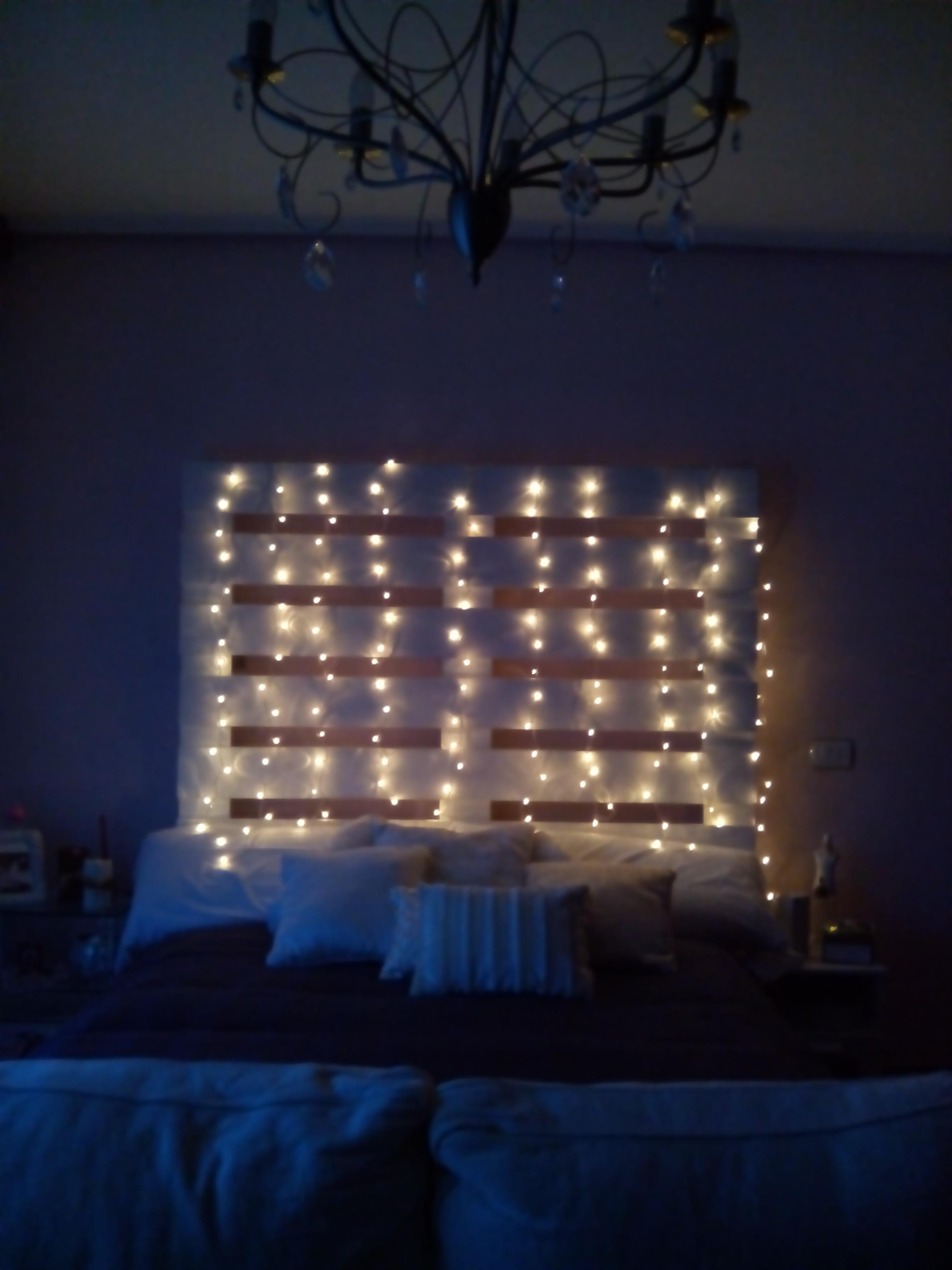 Muebles de palets con luces