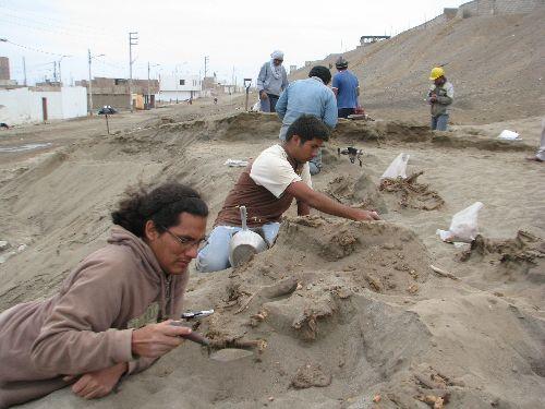 Declararán zona arqueológica, importante lugar donde hallaron restos óseos de la cultura Chimú en Huanchaco, La Libertad, Perú