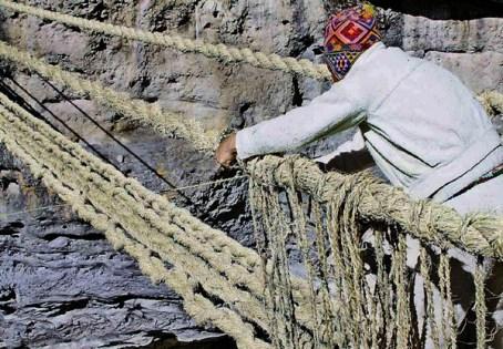 Renovación de puente Q'ESWACHACA, ingeniería andina,  saber y tradición de origen inca