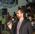 padre Elvis Marcelino de Lima