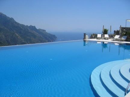 Fotos de piscinas Infinitas sinbordes o desbordantes