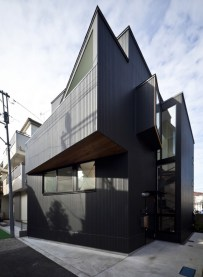 House in Shimomaruko - atelier HAKO architects