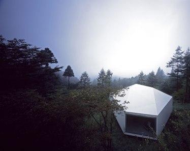 Villa/Gallery in Karuizawa - Makoto Yamaguchi Design