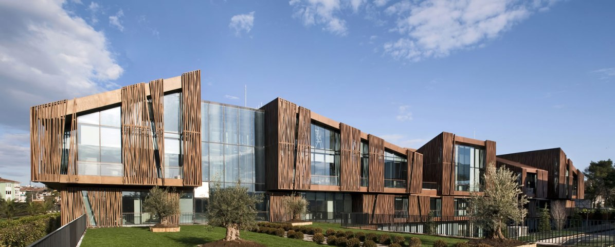 Selcuk Ecza Headquarters - Tabanlioglu Architects
