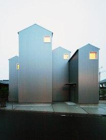 House in Kosai - Shuhei Goto Architects