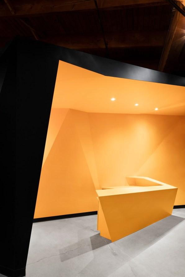 Tone s  of a protean space - Jean de Lessard – Designers Créatifs