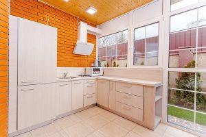 kitchen-1317996_640-compressor