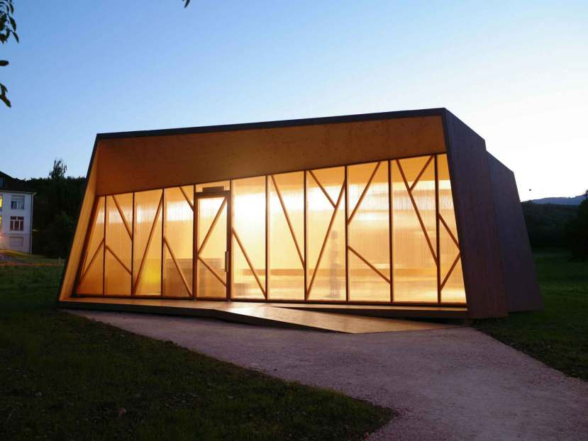Temporary Chapel - Local Architecture