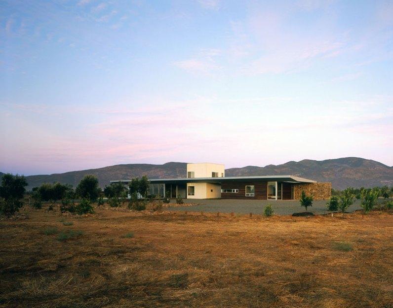 Valle House - Sebastian Mariscal