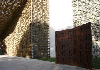 Biblioteca Publica de Villanueva - A. Piñol, G.Ramírez, M.Torres, C.Meza