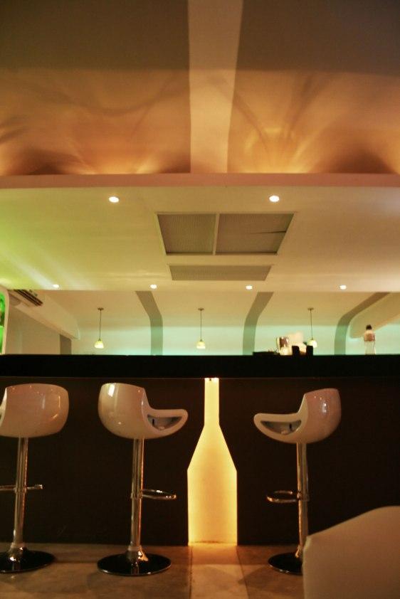 Re.evolution lounge+bar - a10studio