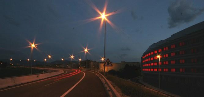 52 Viviendas junto a la autopista - ZON-E