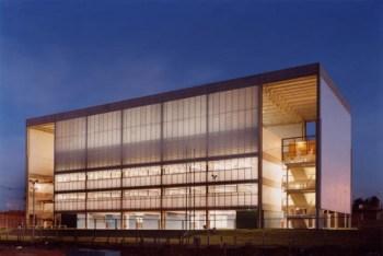 Escuela en Campinas - Una Arquitetos