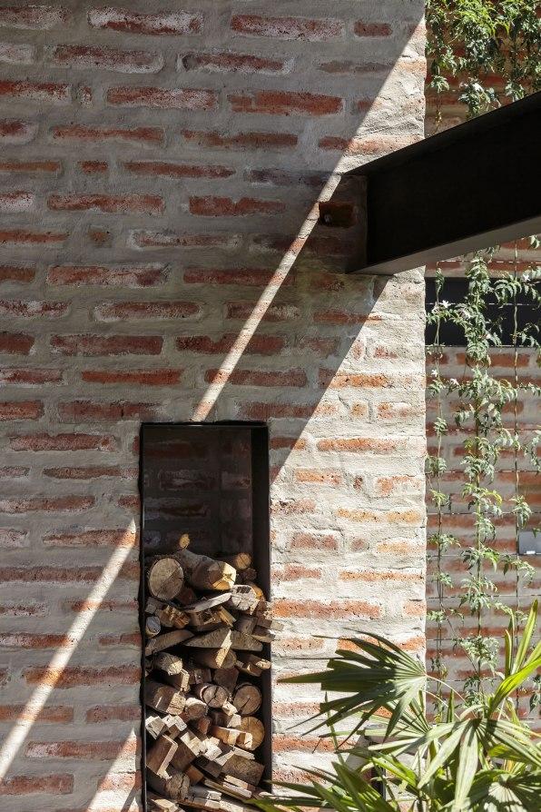Casa La 1⁄2 Agua - María de los Ángeles Espinosa