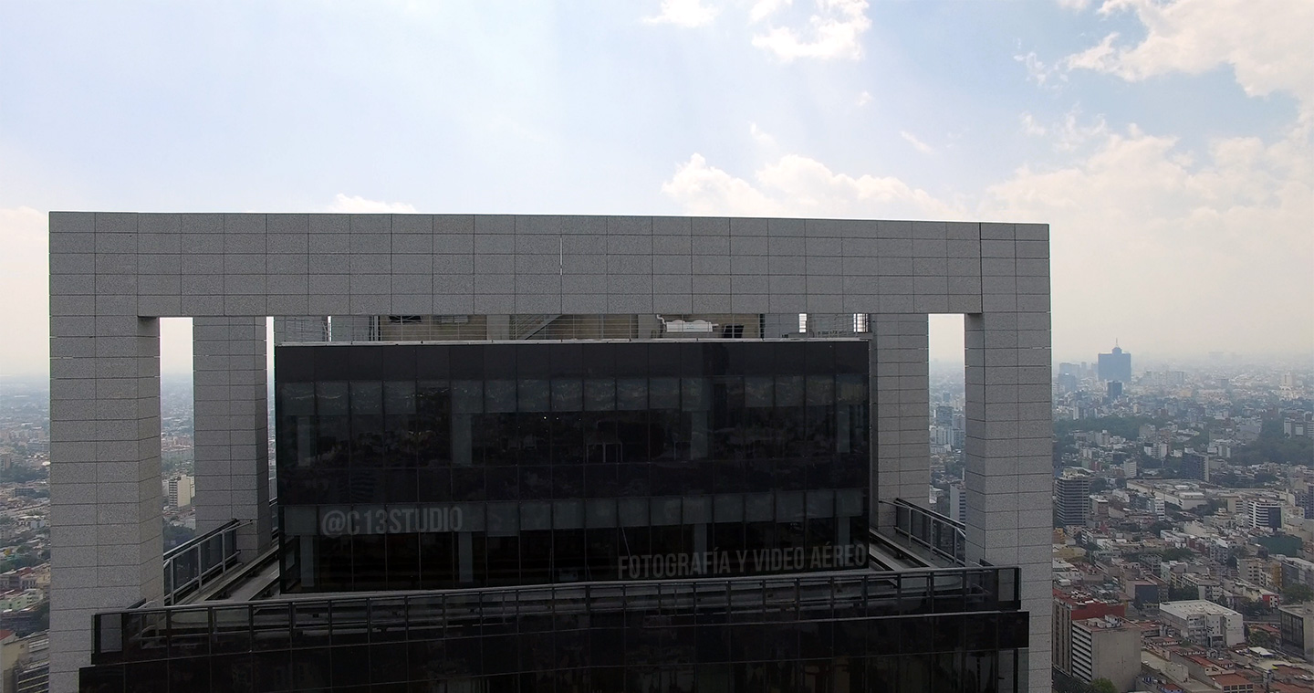 En Construcción - Torre Reforma Latino
