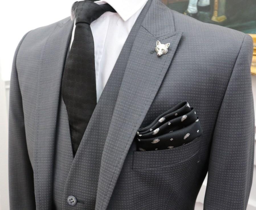 دليلك لأجمل ألوان البدل الرجالي Arab Luxury Life