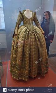 torgau-germany-29th-apr-2016-the-dress-of-electress-magdalena-sibylla-G0704E