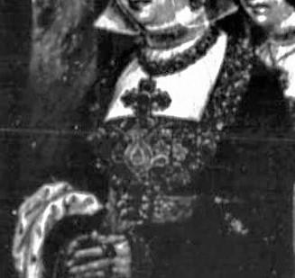 1520 nrw unbek flugel frau mit 8 tochter 1 halsband