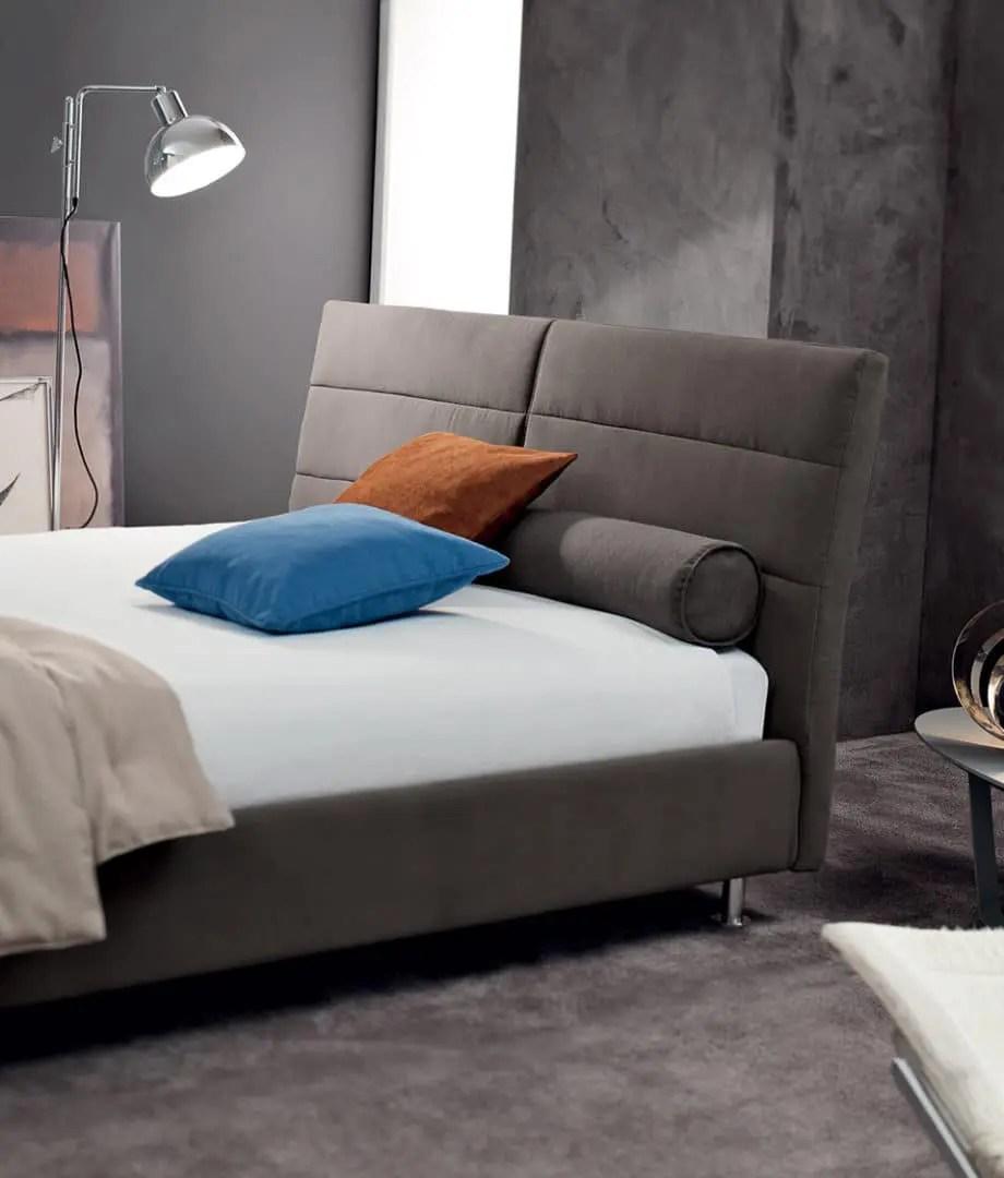 Proposte per tipo di letto realizziamo camerette che accolgono adolescenti e bambini con nuove geometrie che riscrivono il concetto di letto. Foto E Cataloghi Di Letti Contenitore In Tessuto O Ecopelle Di V Nice Torino
