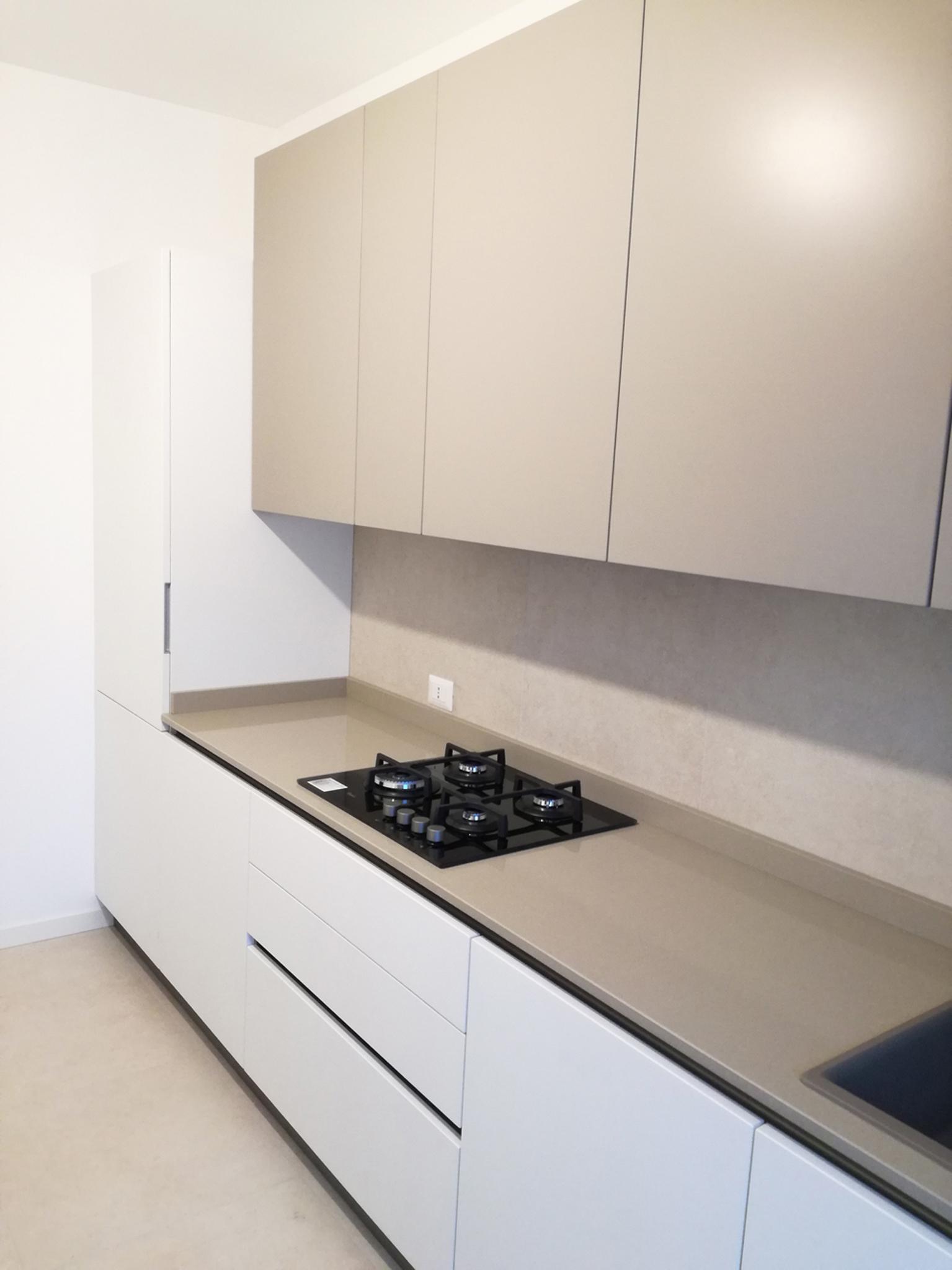 Cucina Smart Bianco Opaco e Grigio Tortora  Arredamenti Barin