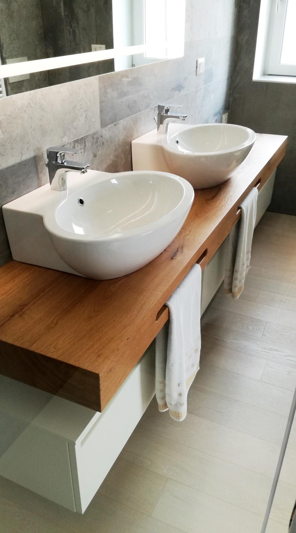Mobile Bagno Doppio Lavabo con Mensola in Legno
