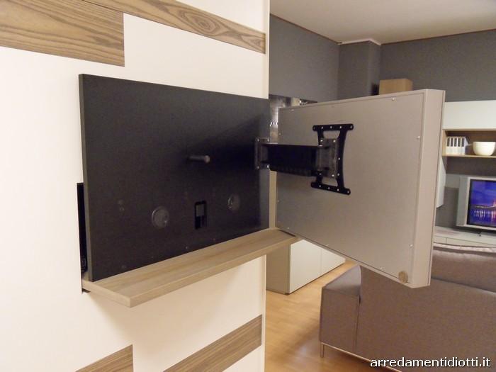 Armadio scorrevole Emotion con porta tv integrato  DIOTTI