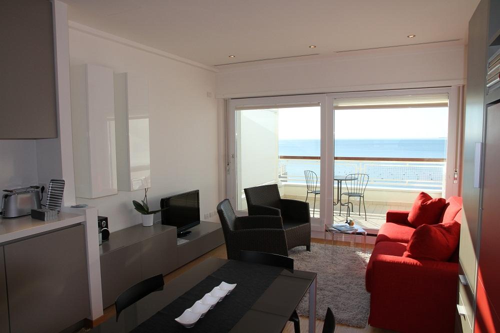 Mobili moderni  showroom mobili a Trieste