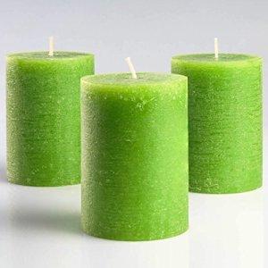 Set di 3 candele a colonna in verde senza profumo 7,5 x 10 cm per matrimoni ristoranti decorazione terme chiese stoppini in cotone senza fumo da Melt Candle Company