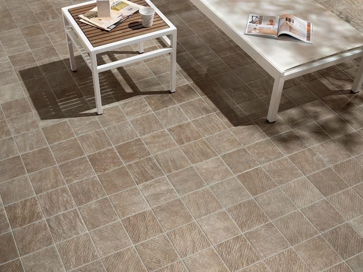 Piastrelle antiscivolo per esterni  pavimenti esterno  Caratteristiche e tipologie