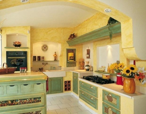 Quale scegliere top per la cucina: Pareti Cucina Provenzali Materiali Colori E Decorazioni