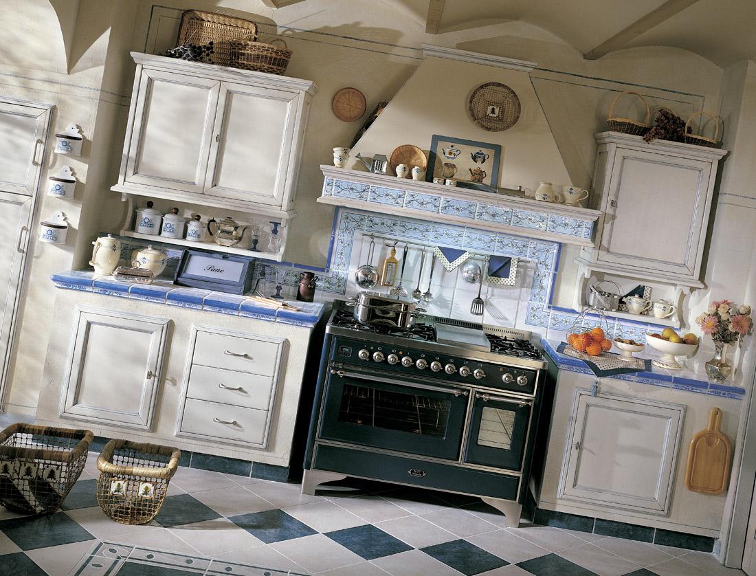 Pavimenti per cucine provenzali quali materiali e colori