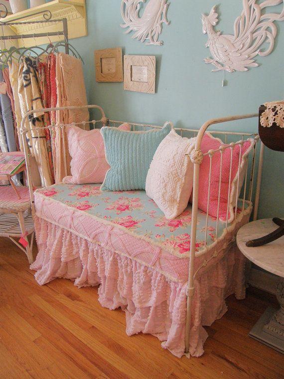 7 idee per la camera del neonato in stile Shabby Chic