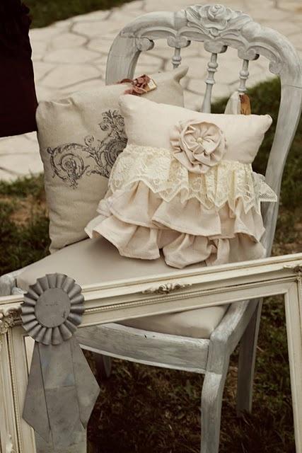 I cuscini Shabby Chic per le sedie una gallery di idee per la vostra casa  Arredamento Provenzale