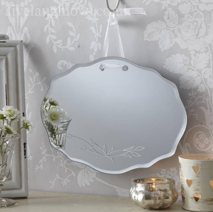 Fiori secchi lavanda, 1 cucchiaio; Specchi Nel Bagno Shabby Chic Una Gallery Con 5 Idee Da Capogiro Arredamento Provenzale