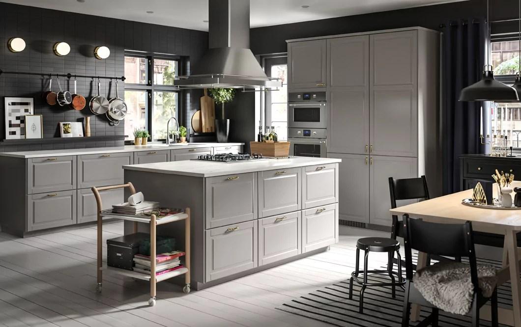 For that reason, it is really essential that it is broad, clean, brilliant and cozy. 7 Consigli Per Arredare La Cucina In Stile Country Chic Da Ikea Catalogo 2018 Arredamento Provenzale