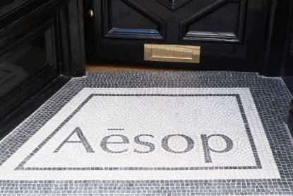 Ilse Crawford firma il primo negozio Aesop di Londra