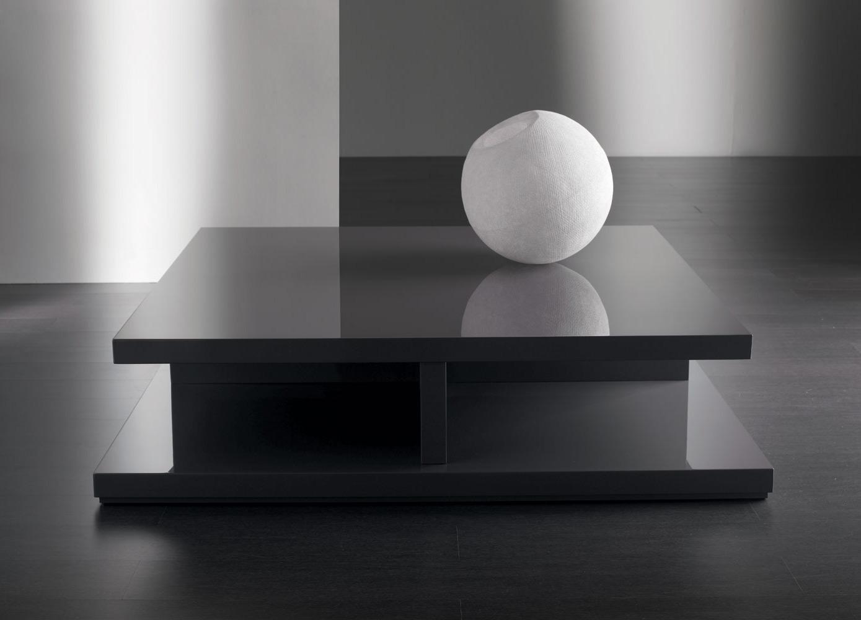 Leleganza minimal dei tavolini bassi Meridiani  Arredica