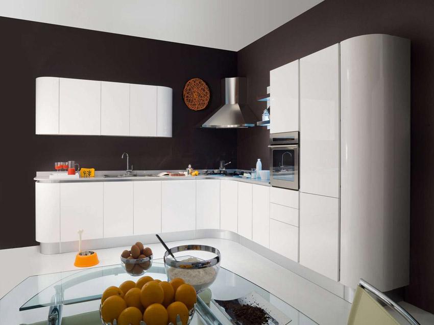 Cucina Con Piano Cottura Angolare - Decorazioni per la casa ...