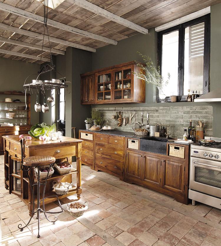 Lubron La Bellezza del Legno nella Cucina Classica