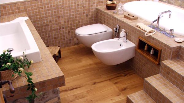 La pulizia della stanza da bagno i sanitari  ARREDOBAGNO NEWS