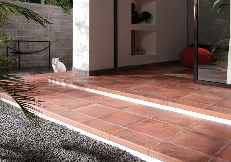 Piastrelle per esterni  pavimenti per esterno  Tipologie di mattonelle per esterno