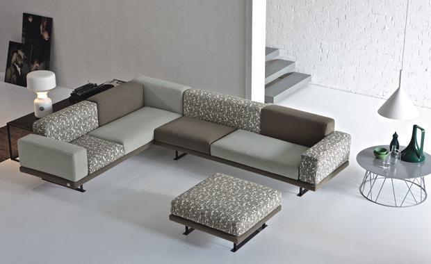 Il divano come simbolo del cambiamento storico - Arredosalaria