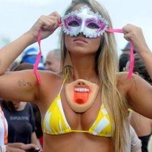 Por que o beijo na boca tem recorde no Carnaval?