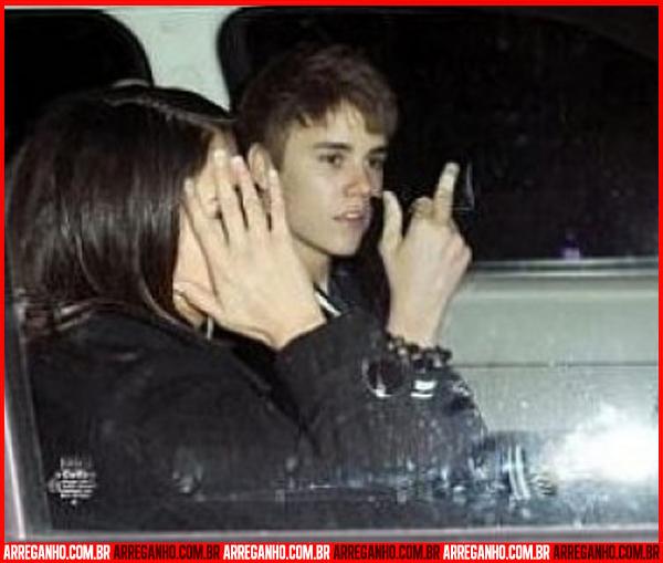 10 Fotos que Provam que Justin Bieber Ama (ou Não) suas Fãs - 10