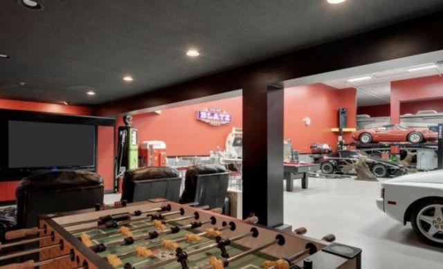 A garagem que todo homem gostaria de ter!